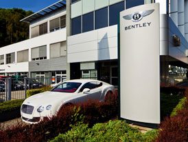 Bentley má nový showroom v Praze na Smíchově