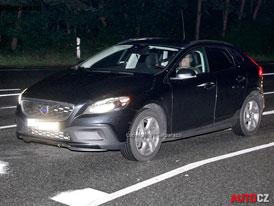 Spy Photos: Volvo XC40