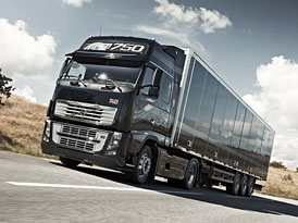 Volvo Trucks: Nov� syst�m I-See (video)