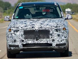Foto od čtenáře z USA: BMW testuje novou generaci X5