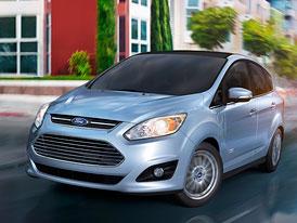 Ford C-Max Energi má celkový dojezd 885 kilometrů