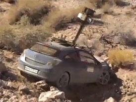 Video: Nabouraný vůz projektu Google Maps Street View v divočině