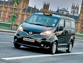 Konec klasiky: Taxíky Nissan po Tokiu a New Yorku brázdí i Londýn