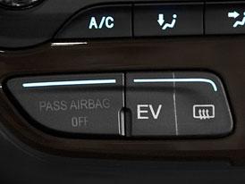 C-MAX Energi je nejrychlejší plug-in hybrid, chlubí se Ford