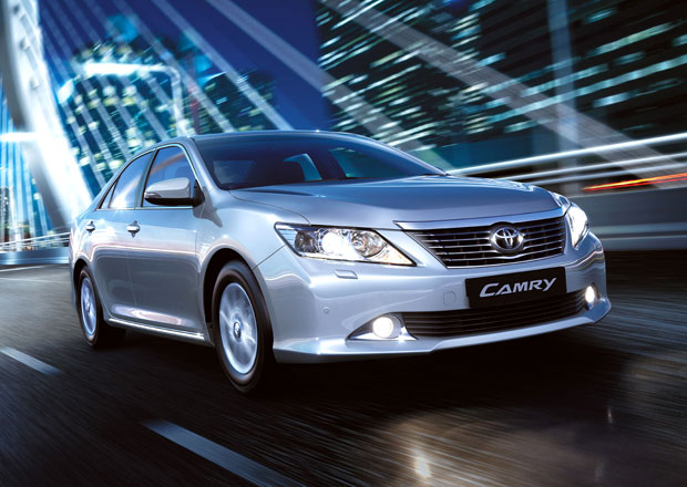 Toyota Camry pro Evropu nov� s dvoulitrem