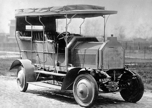 První čtyřkolka od Mercedesu slaví 105 let