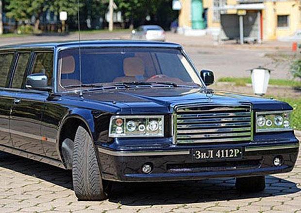 ZIL odhaluje limuzínu se 7,7litrovým osmiválcem