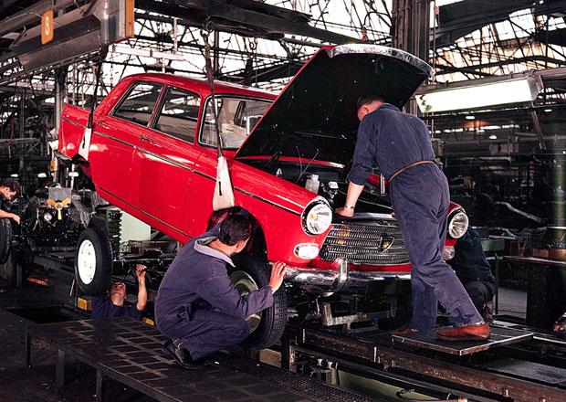 Peugeot vyrábí auta v Sochaux už celé století