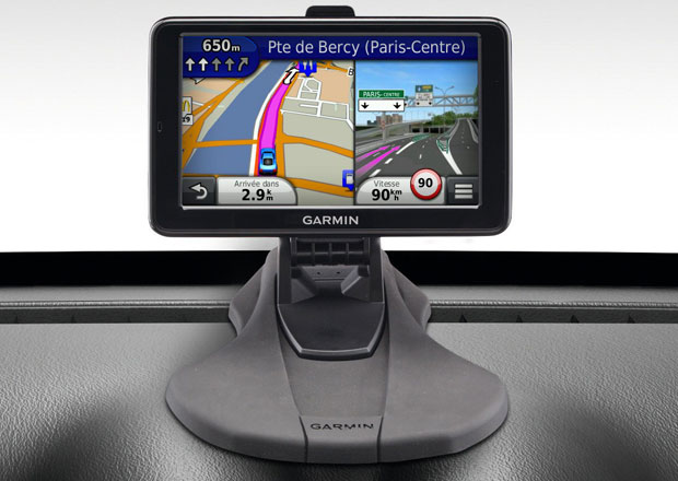 Dacia Duster Garmin: Navigace si našla cestu i do levného SUV