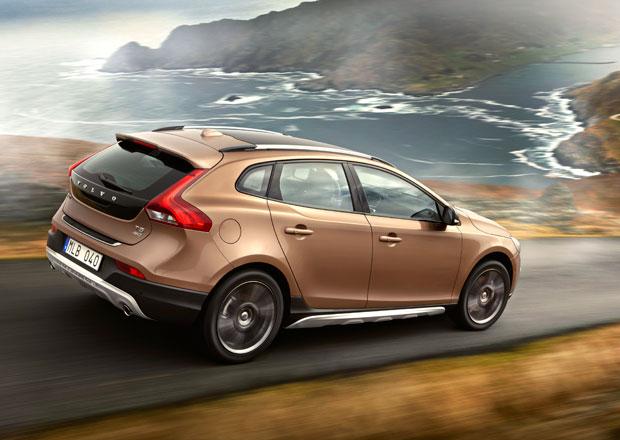 Volvo V40 Cross Country: Zp�tky ke ko�en�m