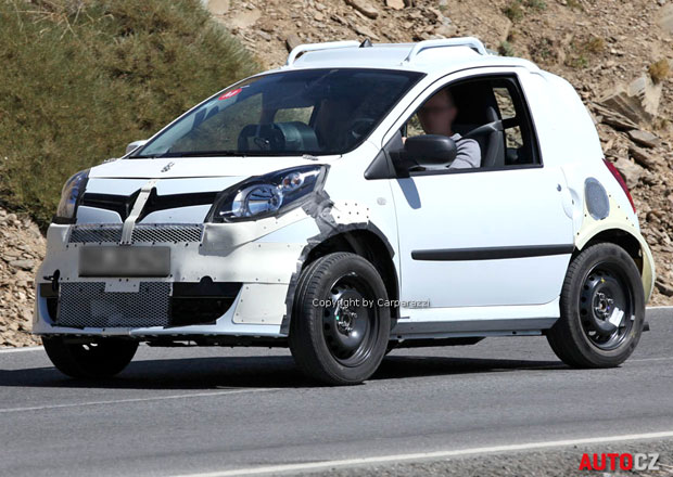 Spy Photos: Smart ForTwo s technikou Renaultu