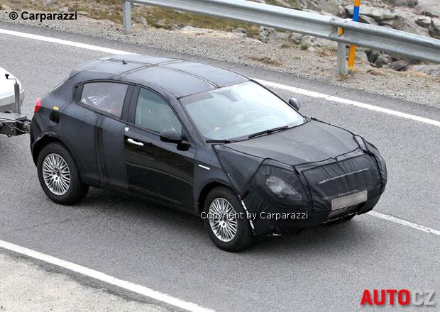 Spy photos: SUV Alfa Romeo se bude jmenovat CXover