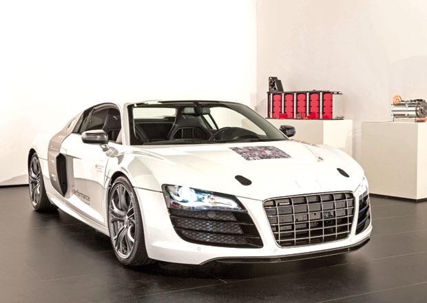 Audi F12 e Sport: Rodina modelů e-tron na dosah