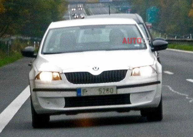 Nová Škoda Octavia III podrobněji: Máme zatím nejlepší fotky včetně záběru zepředu