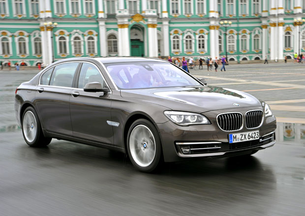 Český trh v září 2012: Nejprodávanější luxusní automobily