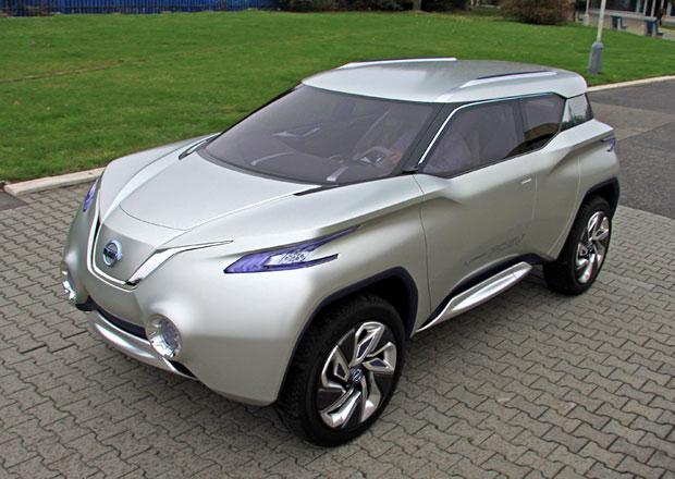 Nissan TeRRA: Vodíkový teréňák za 250 milionů korun přistižen v Praze