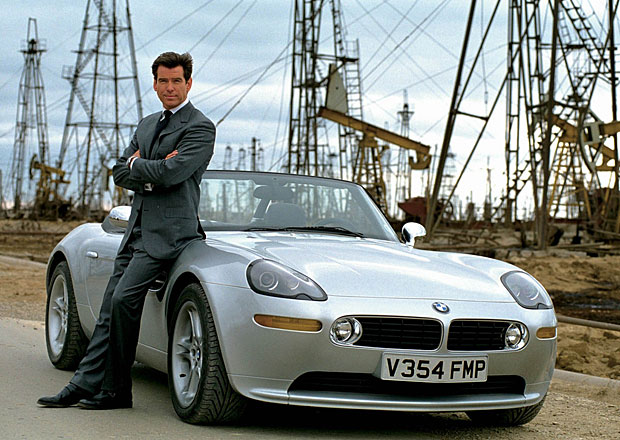 Největší sbírka vozidel Jamese Bonda na prodej