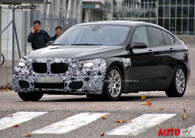 Spy Photos: Modernizované BMW 5 GT se představí v lednu