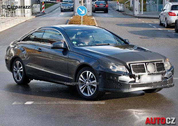 Spy Photos: Mercedes E kupé dostane úplně novou tvář