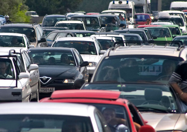 Do roku 2035 bude na světě jezdit 1,7 miliardy aut