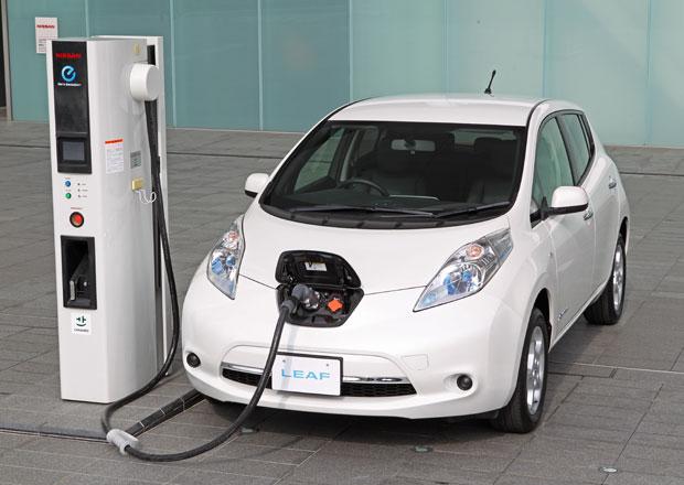 Nissan Leaf 2013: Výrazně lehčí a s novým motorem