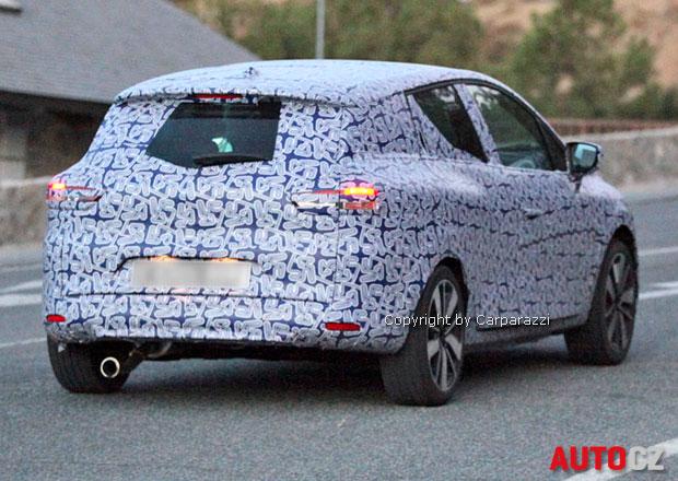 Spy Photos: Renault Clio Grandtour se začne prodávat v roce 2013