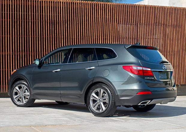 Hyundai Santa Fe: Sedmimístná verze je o 21 cm delší