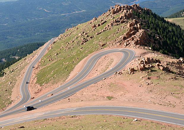 10 nejděsivějších silnic podle Jalopniku