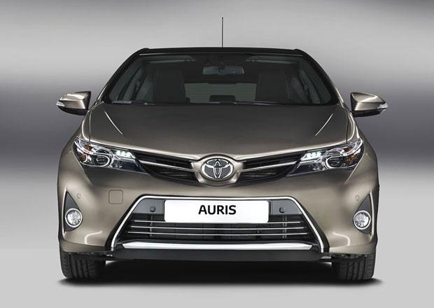 Toyota Auris 2013 zná české ceny, stojí od 330 tisíc Kč