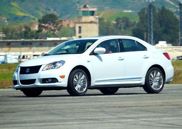 Suzuki dostalo sto milionů na uzavření automobilového byznysu ...a nákup nových aut!