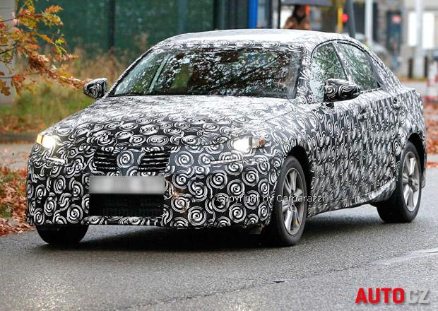 Nový Lexus IS přijde jako hybrid i šestiválec, později dostane 2,0 turbo