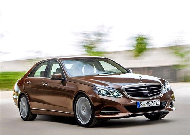 Mercedes t��dy E: Facelift na prvn�ch ofici�ln�ch fotk�ch