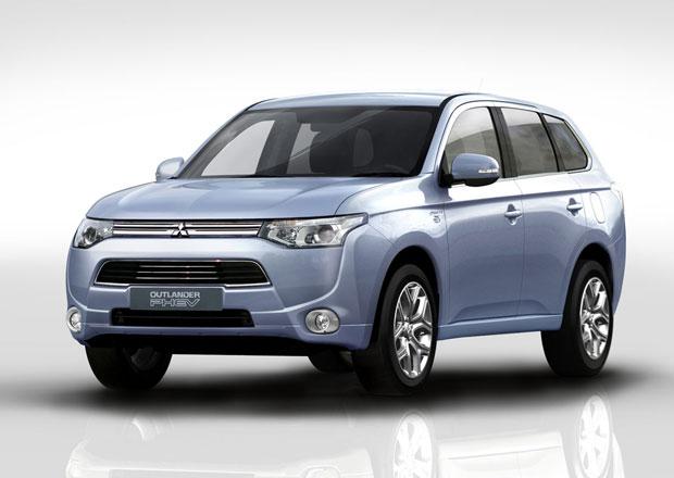 Mitsubishi Outlander PHEV: Plug-in hybridní SUV bude levnější než Opel Ampera