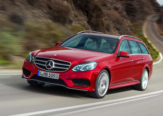 Facelift Mercedes-Benz třídy E oficiálně: Nové motory, vzhled i interiér