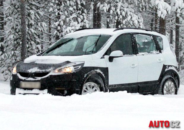 Spy Photos: Renault Scénic RX4 se vrátí