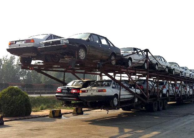 Stalo se v ��n�: 26 Volkswagen� na jednom kamionu
