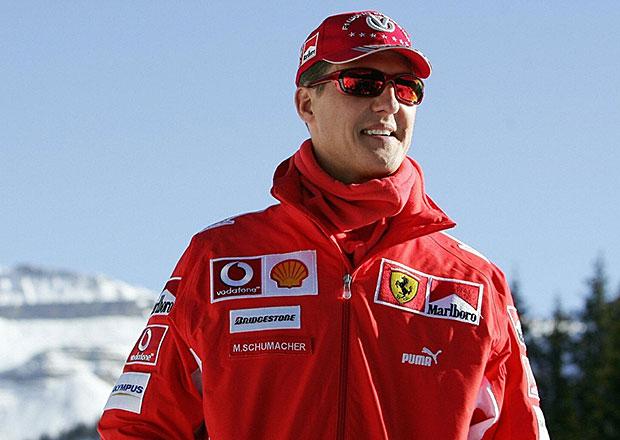 Michael Schumacher se zranil při jízdě na lyžích, jeho stav je kritický