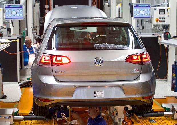 O Volkswagen Golf VII je zájem, automobilka zvyšuje výrobu