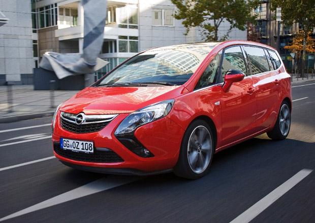 Opel Zafira Tourer s 2,0 CDTI BiTurbo (143 kW) v Česku za 641.000 Kč