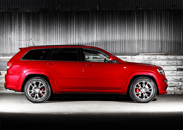Jeep Grand Wagoneer: Sedmimístný model přijde v roce 2015
