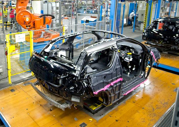 Automobilka PSA prodlouží omezení výroby na Slovensku
