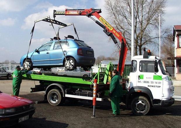 Praha chce za čtyři roky zaplatit firmě za odtahy aut přes 80 milionů