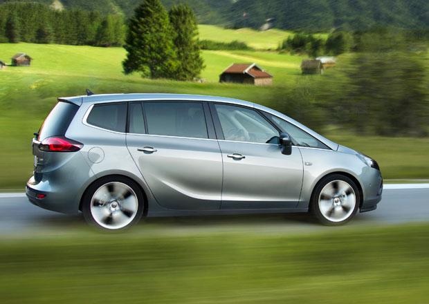 Opel Zafira Tourer m� �ist� turbodiesel 1,6 CDTI, stoj� 605 tis�c K�