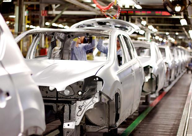 Nissan investuje 3,4 miliardy Kč do výrobního závodu v Barceloně