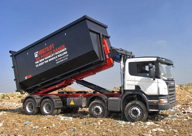 Nosiče kontejnerů Cargotec: Efektivní provoz
