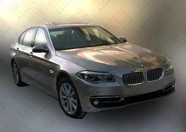BMW řady 5: Facelift přistižen v Číně