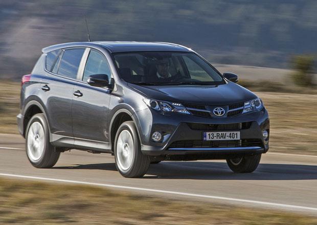 Nová Toyota RAV4 stojí od 615 tisíc, s pohonem všech kol 642 tisíc Kč