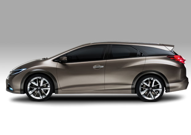 Honda Civic Tourer Concept: kombi jako břitva
