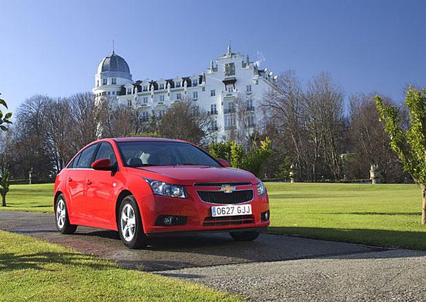 První cena Chevroletu Cruze hatchback klesla na 279.000 Kč