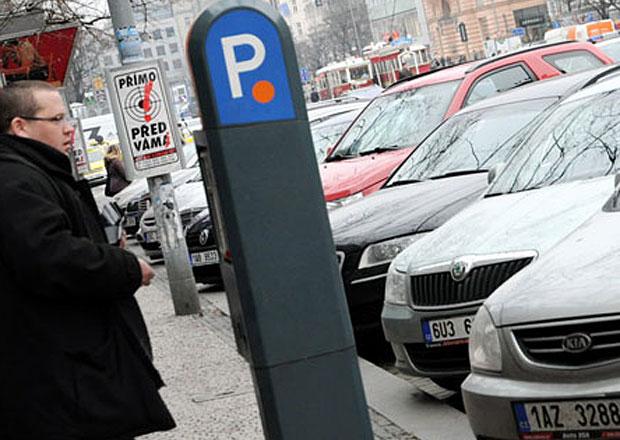 Praha chystá revoluci v parkovacích zónách